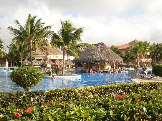 Grand Bahia Principe Bavaro: The quiet pool!
