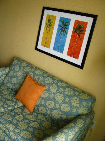 Holiday Inn Express Hotel & Suites Virginia Beach Oceanfront: Living area in our 2 bed suite