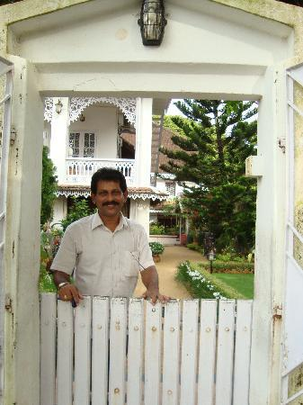 Delight - Fort Kochi: David, the very friendly and amazingly helpful owner