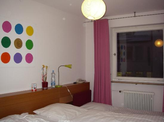 Creatif Hotel Elephant: room3
