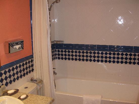 Marriott's Playa Andaluza: second bedroom bathroom