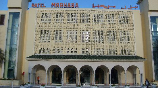 Hotel Marhaba: FRONT VIEW OF HOTEL