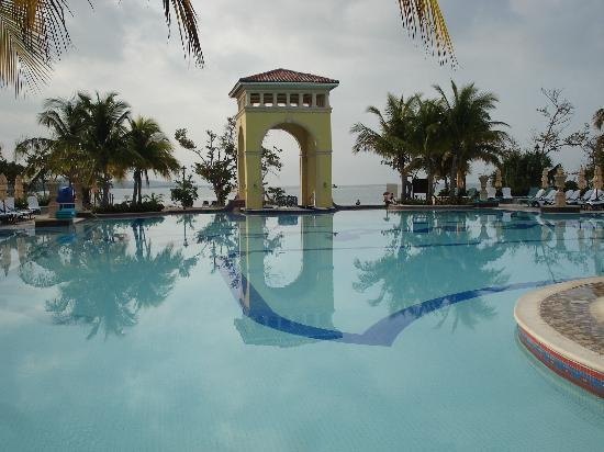 Sandals South Coast: Pool