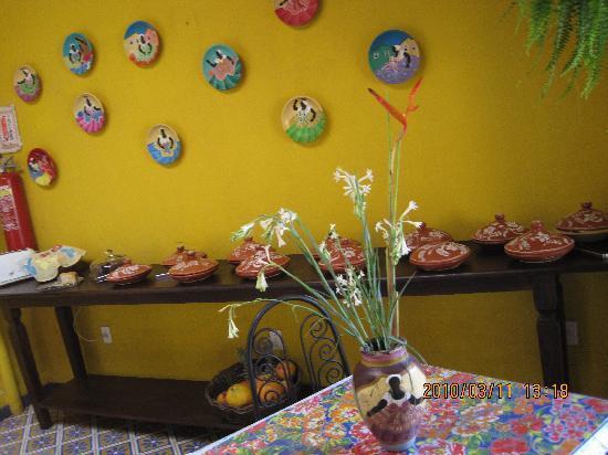 Pousada das Flores : Breakfast table