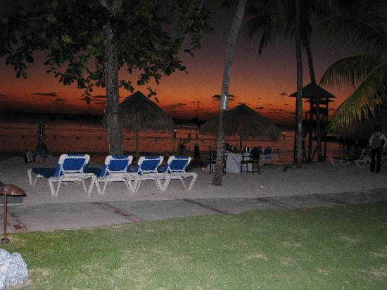 Sandals Negril Beach Resort & Spa: Candlelight dinner