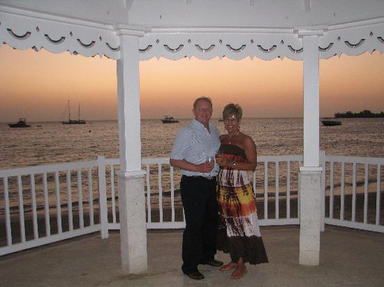 "Sandals Negril Beach Resort & Spa: Happy to visit ""our"" wedding gazebo 5 years later!!"