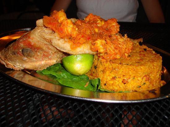 La Parrilla: Fried snapper stuffed with lobster