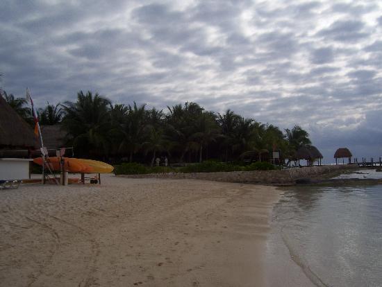El Dorado Sensimar Riviera Maya: Plastic beach chairs