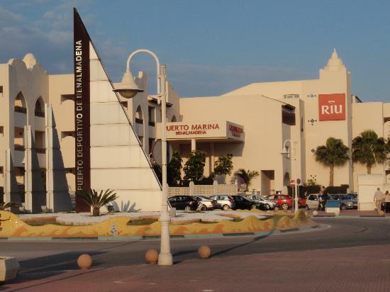 Hotel Mac Puerto Marina Benalmadena: l'extérieur