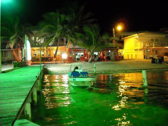 Belizean Shores Resort: San Pedro at Night