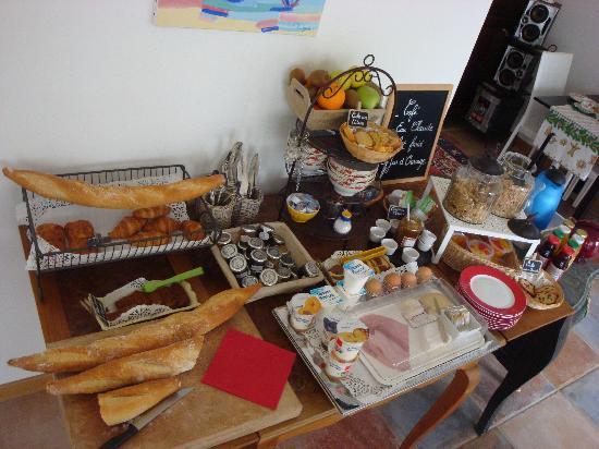 Logis A La Villa Boucicaut: Petit déjeuner en salle