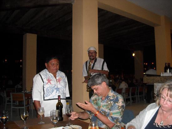 Hacienda Tres Ríos: Kenny G.'s Latino cousin