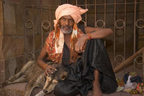 Jaisalmer, India: Unbelievably intense gaze. This guy looks more a Hollywood actor than a holy man.