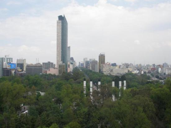 Torre Latinoamericana: Parque de Chapultepec