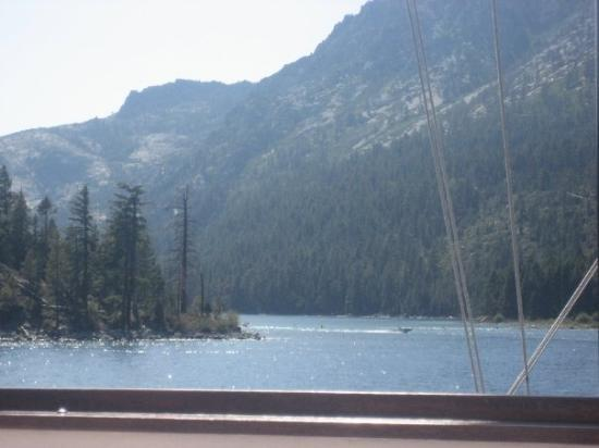 Emerald Bay State Park: Opening to emerald bay