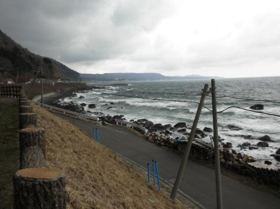 Kazamaura-mura, Japan: More of the northern coastline