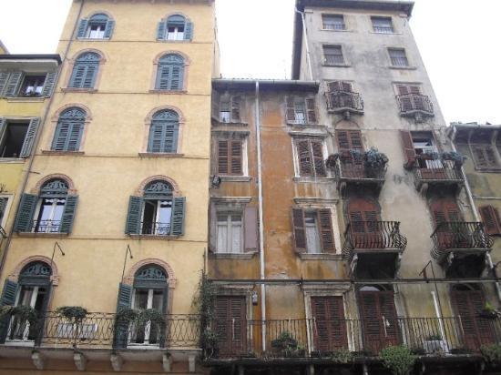 Verona, Italia: ev mimarisi ..