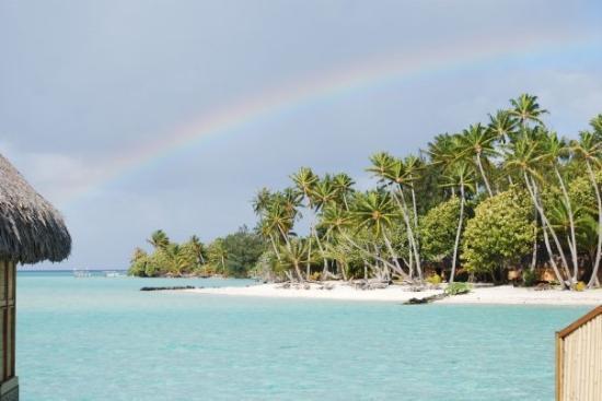 Bora Bora, Fransk Polynesia: Beautiful rainbow!