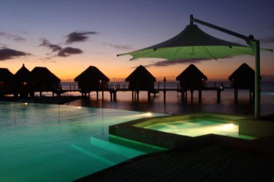 Moorea, Polinesia Francesa: Loving this sunset!