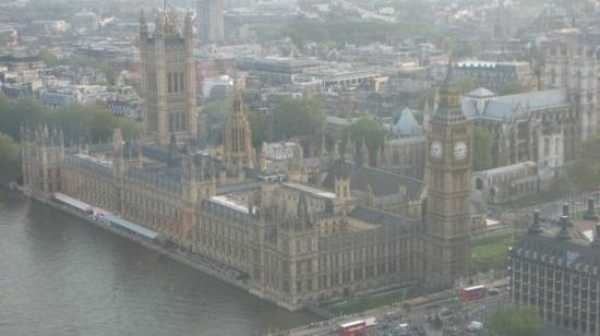 Houses of Parliament: Photo of Parliament from London Eye