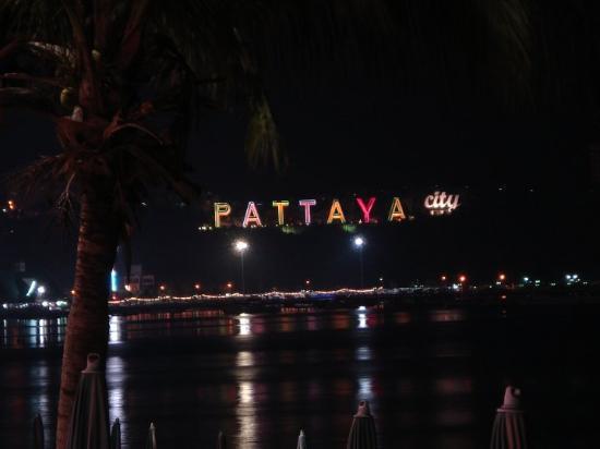 Night lights in Pattaya Beach