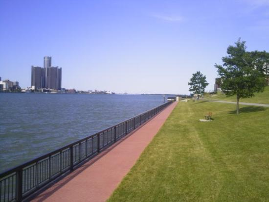 Windsor, Kanada: detroit river