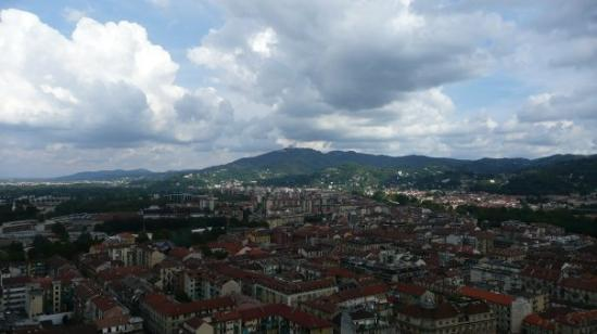 Torino, Italia: Vue depuis la Mole Antonelliana: Nord-Est de Turin