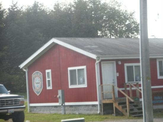 La Push, WA: The Quilette police station...just like in the movie!