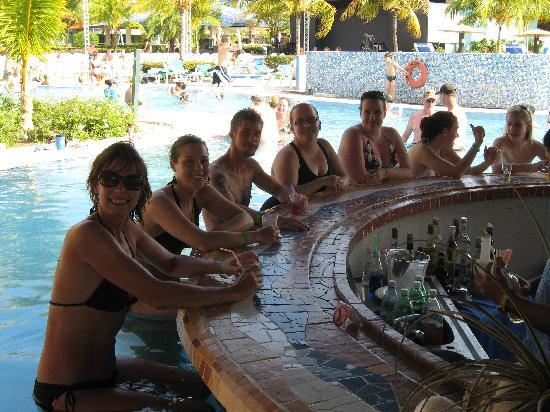 Blau Costa Verde Beach Resort Swim Up Bar With Friends