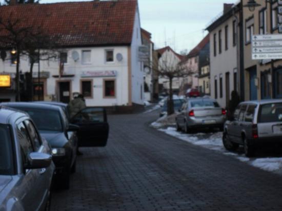 Baumholder, Tyskland: Cool lookin streets.