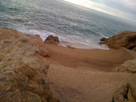 Calella, Spania: Caleta a les roques