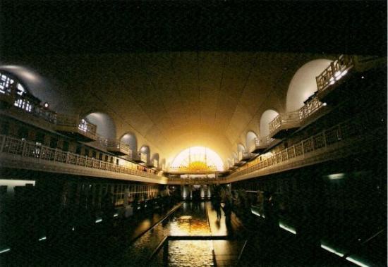 Lille, Frankrike: Rome bath