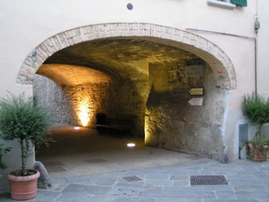 Castellina in Chianti 2005