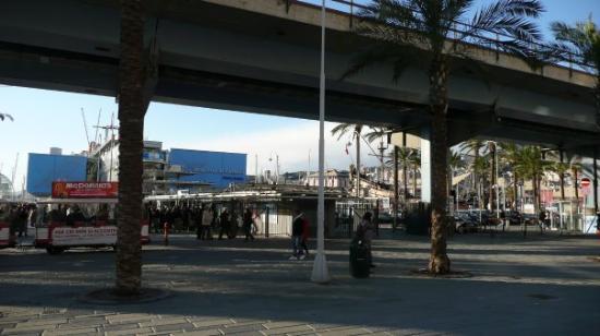 Acquario di Genova, Porto antico