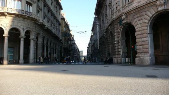 Genova, Italia: Via XX Settembre ?