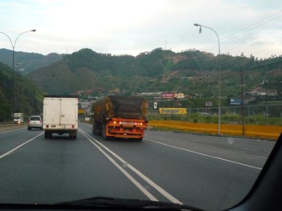 Bajada de Tazón Caracas