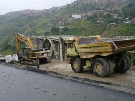 El Viaducto N° 1 antes de su derrumbe Caracas