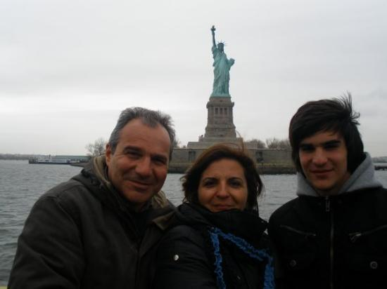 Statue of Liberty: The Gangsta family xD
