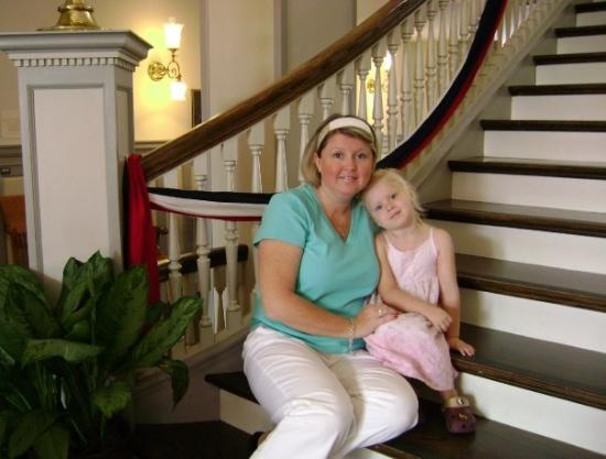 Tallahassee, Floride : Tami & Madelyn in the Historic Florida Capitol