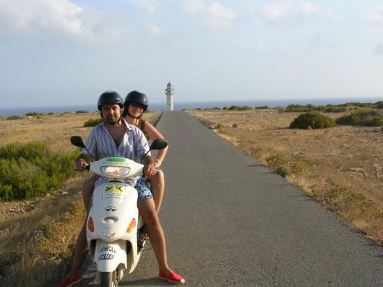 Es Cap de Barbaria Lighthouse: España - Islas Pitiusas - Formentera Cabo de Barberia