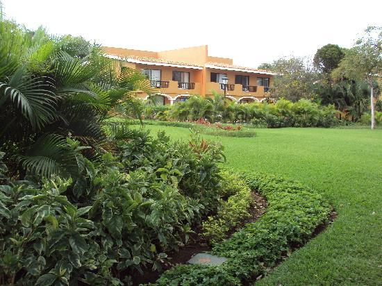 Sandos Playacar Beach Resort: Jardines y parques, lugares de ensueño