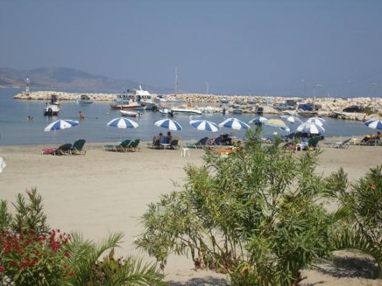 Kefallinia, Hellas: Utsikt på zakyntos strand.
