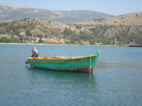 Kefallinia, Hellas: En typiskt grekisk eka