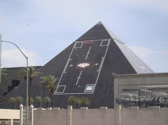 Luxor Hotel & Casino: The Luxor
