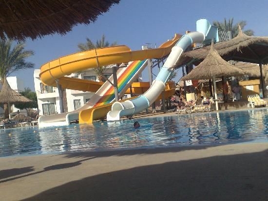 Gardenia Plaza Resort: swimming pool