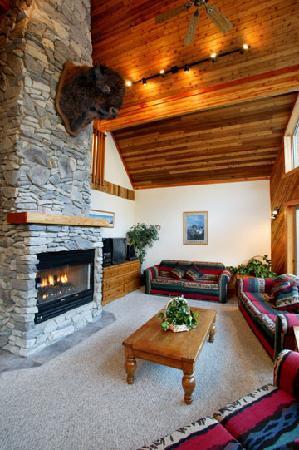 Wayward Chalet: The Great Room