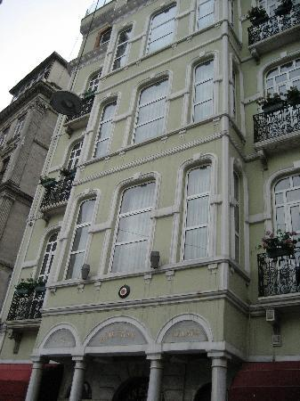 Anemon Galata: front of hotel