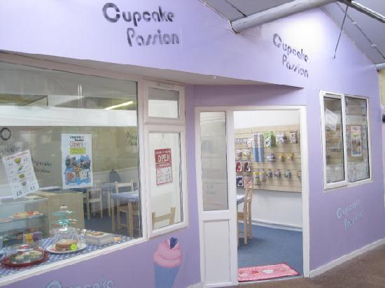 Swindon, UK: Cupcake Shop Front
