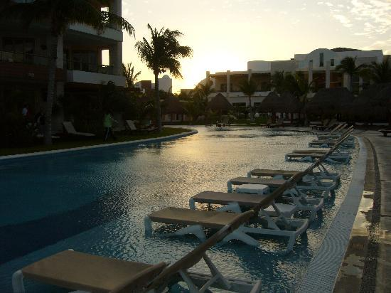 Excellence Playa Mujeres: the pool near bldg. 8 and the Lobster House