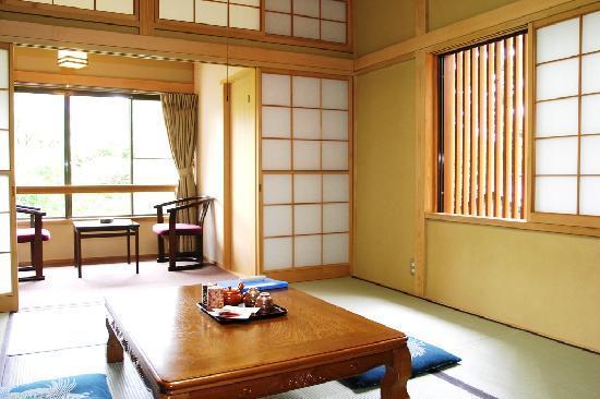 Sengokukogen Daihakone Ichinoyu: 別棟和室
